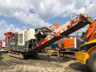 SANDVIK QJ241 planta trituradora móvil